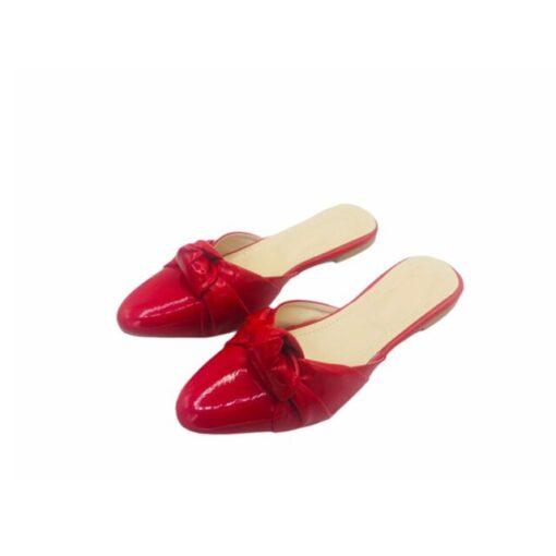 Red pumps
